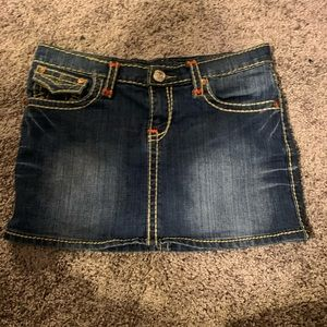 True Religion Joey world  Denim Mini skirt EUC 🔥